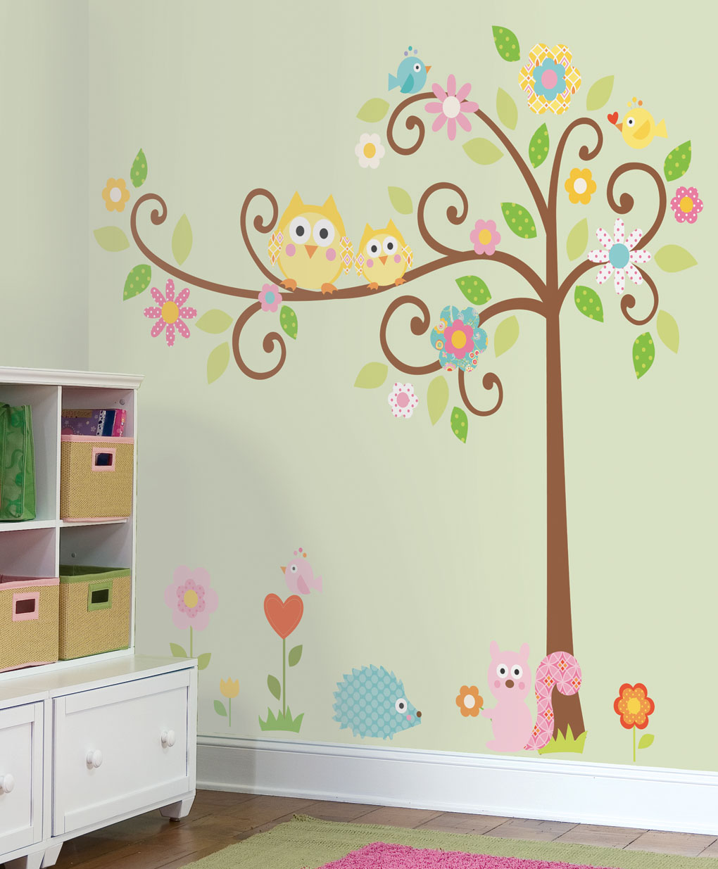 RMK1439SLM_Scroll_Tree_Megapack_Wall_Decals_Roomset