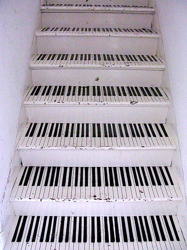 stairs-decoration-ideas-768x1024